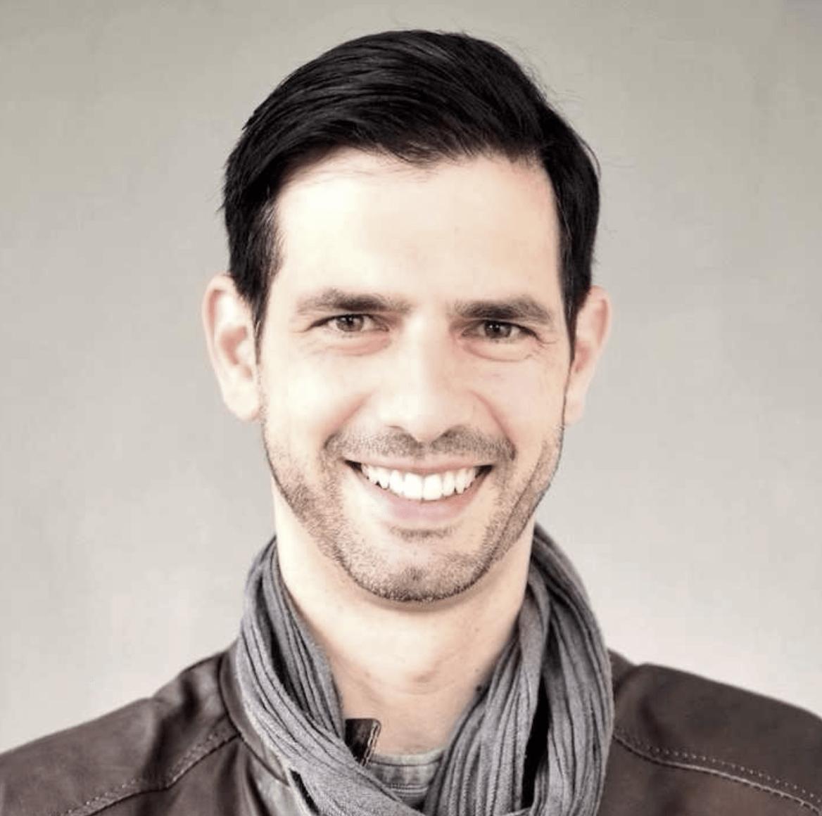 Oliver Neumann von Jochen Schweizer GmbH